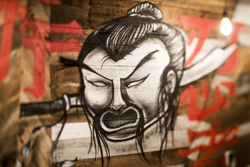 壁面の手書きイラスト